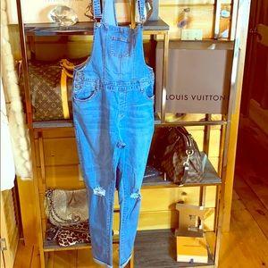 Denim - NWT Overall Denim Jeans SUPER cute!!